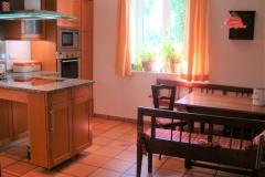 Küche-mit-Essplatz