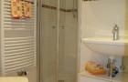 Gästetoilette mit Dusche